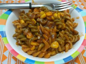 Pasta in red sauce with vegetables (Quick Recipe)
