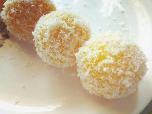 Rasmalai Coconut Ladoos | Rasmalai Coconut Balls | Rasmalai Coconut Truffles