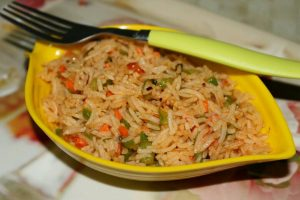 Schezwan Veg Fried Rice | How do you make simple Schezwan fried rice?