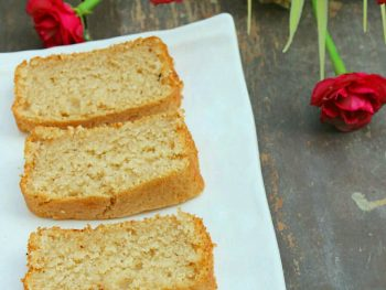 Eggless Cinnamon Cake : Simple, moist and full of cinnamon! Prepare this eggless cake for tea time, serve it as a dessert or eat a slice of this eggless cinnamon tea cake with a cup of tea or hot coffee! #rgglessbaking #egglesscake